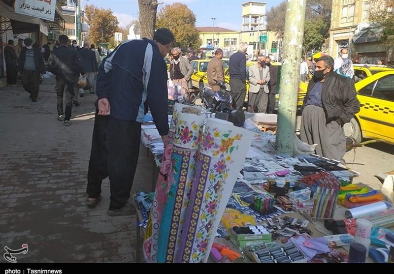 رونق دستفروشی در خیابانهای شهر ارومیه و نارضایتی اصناف/ آیا شهرداری توان ساماندهی دستفروشان را دارد؟