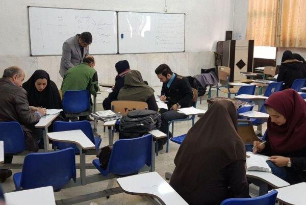 الزامات فاصلهگذاری اجتماعی در دانشگاهها/ کاهش ساعات کلاس درس