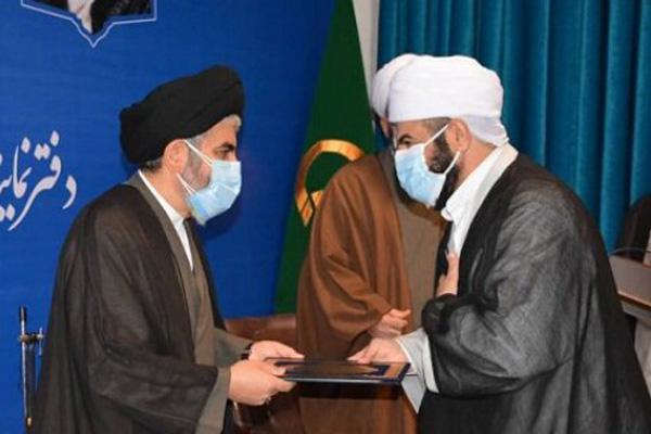 رئیس دانشگاه ادیان و مذاهب با صدور پیامی، انتصاب امام جمعه جدید اهلسنت ارومیه را تبریک گفت.